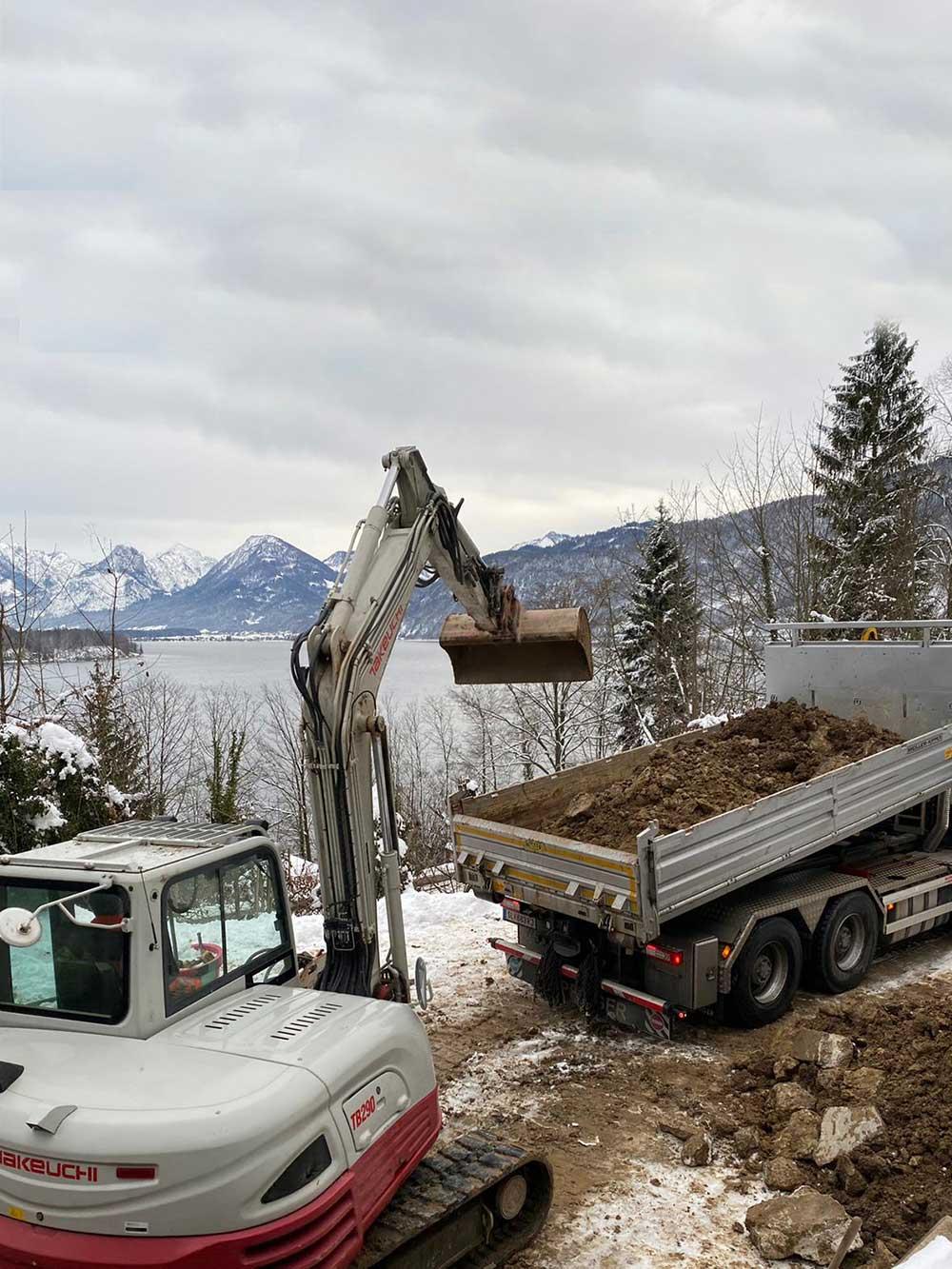 MD Erdbau auf einer Baustelle bei Durchführung von Erdbauarbeiten