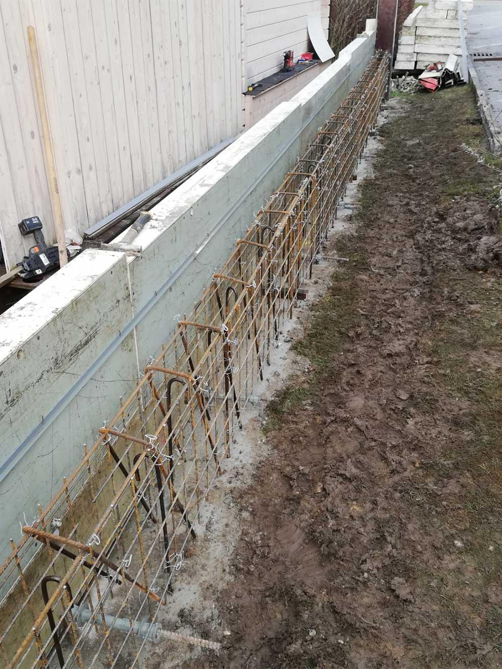 Betonieren, Bauen, Schalungsarbeiten - MD Erdbau auf der BAustelle